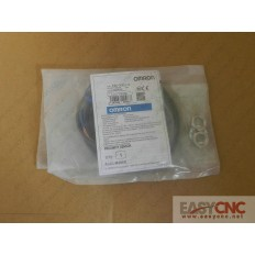 E2E-X3D1-N 2m Omron photoelectric switch new and orignal