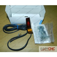 E3S-LS10XB4 OMRON photoelectric switch